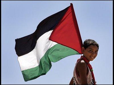enfant-palestine-drapeau